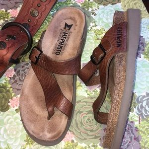 Mephisto leather sandal cork rubber buckle